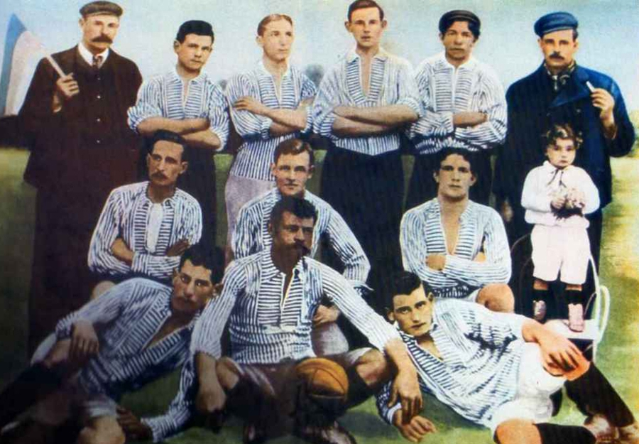 La maglia bianconera del Boca Juniors, apparsa su un articolo de La Nacion