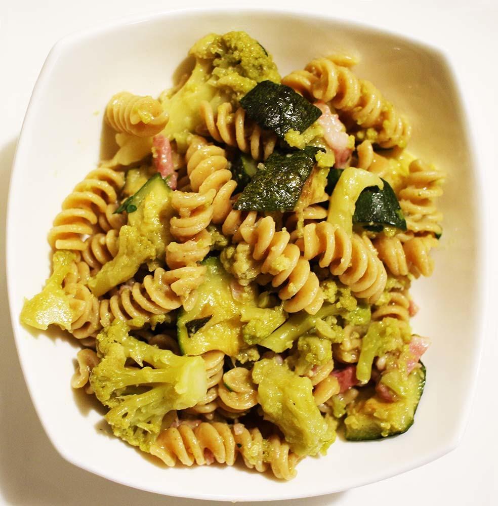 pasta-zucchine-pancetta-cavolfiore1