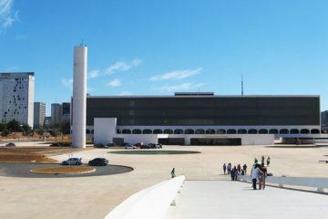 biblioteca-brasilia-360x240